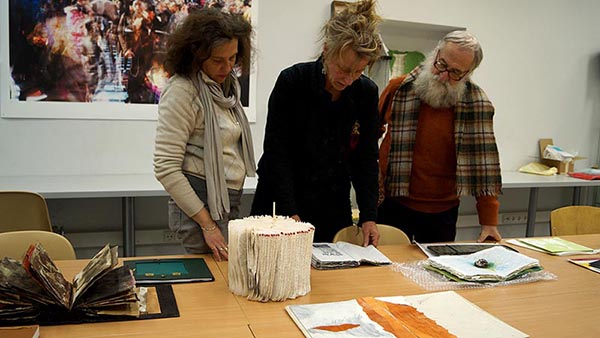 artists-book-triennial-vilnius-Jury-at-work_2