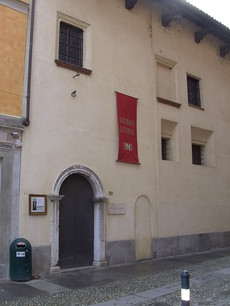 artists-book-in-Museo-Leone_Casa-Alciati