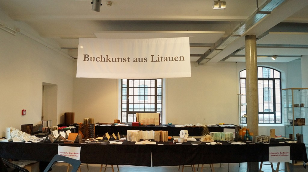 Artists-Book-in-Arbeit-Museum-Hamburg-4