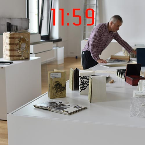 artists-book-exhibition-Vilnius-installating